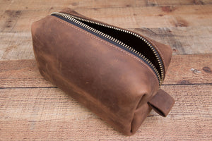 Tobacco crazy horse full grain leather dopp kit shaving bag