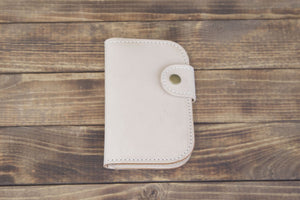 natural snap bifold leather wallet