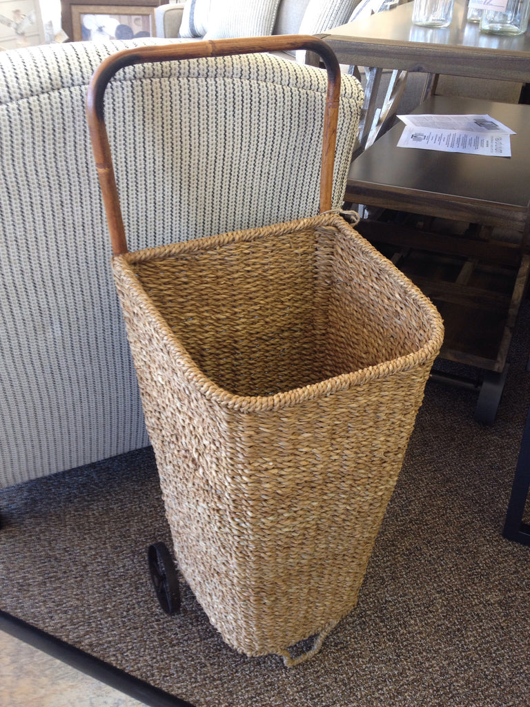 Seagrass Rolling Market Basket - Niche Market Furniture