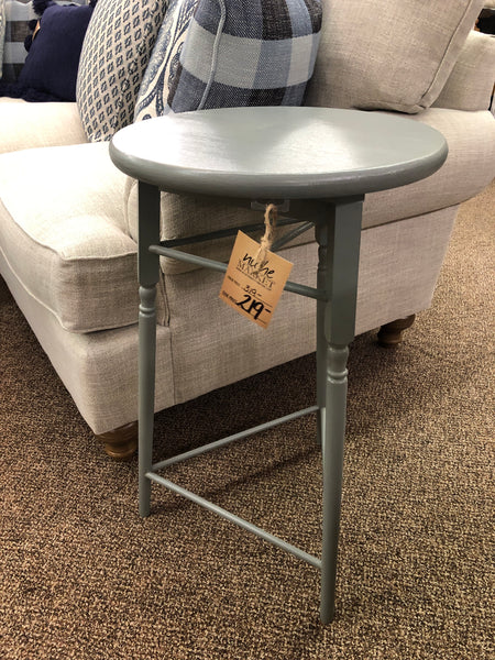 Seacoast Grey Spindle Table