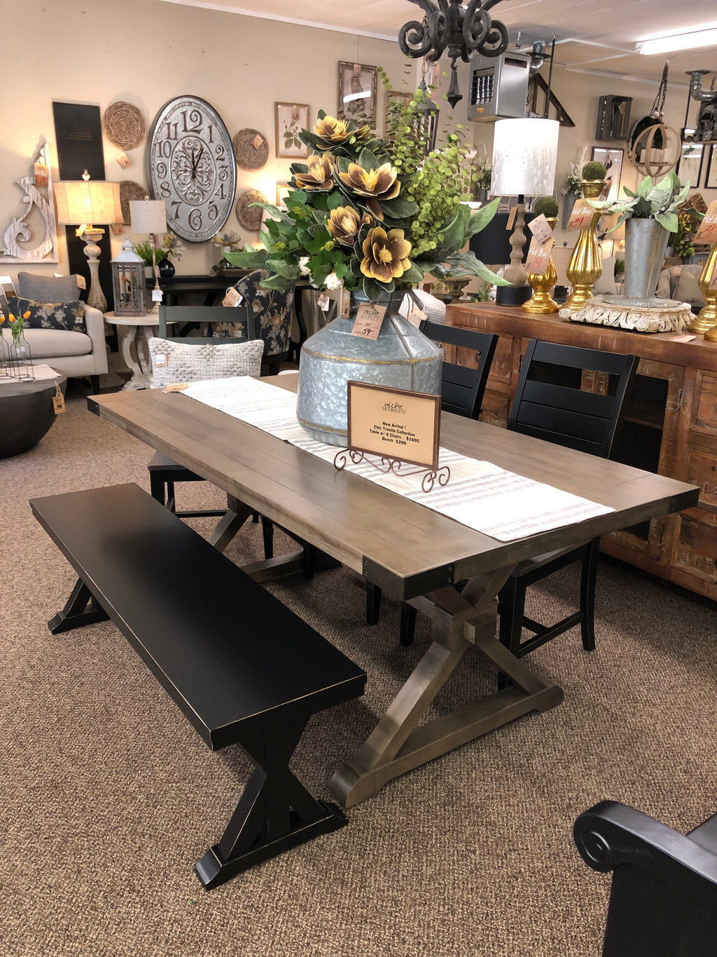 Chic Quarry Trestle Table w/Base