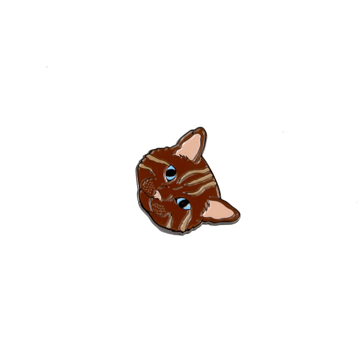 The Brown Cat Pin Pet