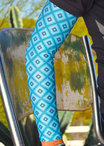 Arm Sleeves - Turquoise Diamonds
