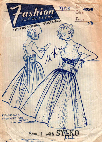 Fashion 4990 Womens Full Skirt Dress with Criss Cross Bodice Detail 50s Vintage Sewing Pattern Bust 32 inches