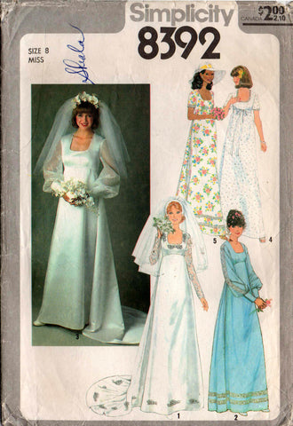 Simplicity 8392 wedding dress