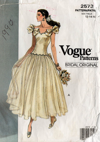 vogue 2573 wedding dress 90s