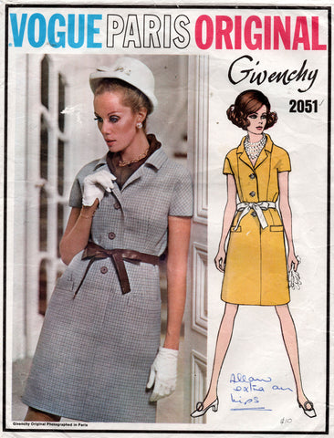 vogue 2051 givenchy 60s dress