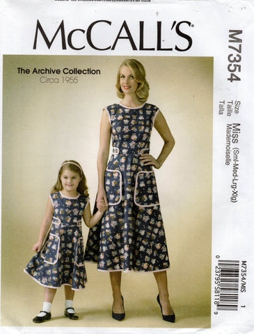 McCall's 7354 50s repro dress