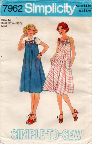 Simplicity 7962 Womens EASY Tent Dress with Pockets 1970s Vintage Sewing Pattern Size 14 Bust 36 inches