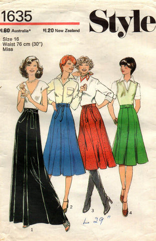 Style 1635 70s skirts