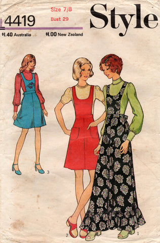 style 4419 70s pinafore dress and blouse