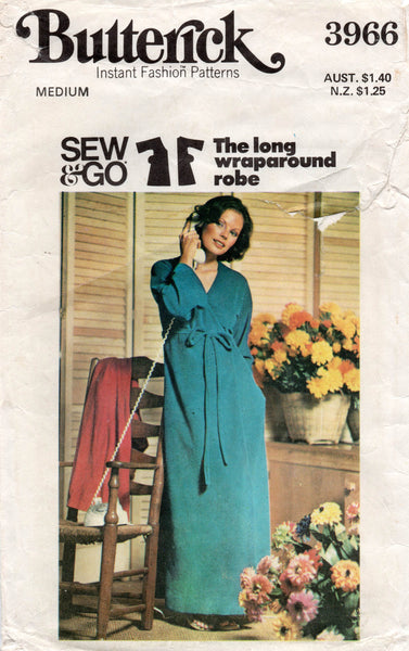 butterick 3966 70s robe