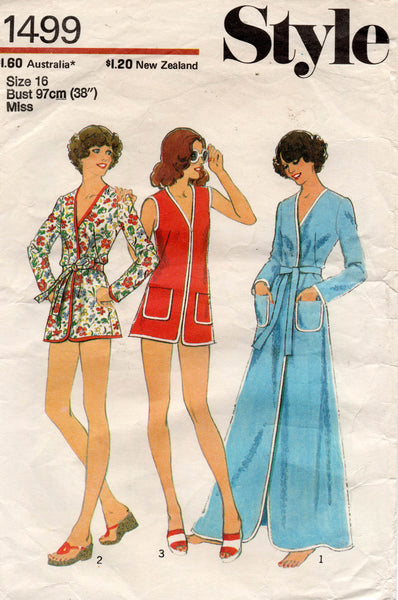 Style 1499 Womens Mini or Maxi Robe / Beach Cover Up 1970s Vintage Sewing Pattern Size 16 Bust 38 inches