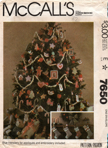 McCall's 7650 Christmas Tree Ornaments & Stockings 1980s Vintage Sewing Pattern UNCUT Factory Folds