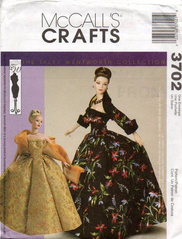 McCall's 3702 fashion dolls clothes