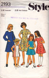 Girls Princess Dress pattern Style 2193 70s Vintage sewing pattern Size 4 8 or 10