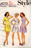 Style 4073 Womens Princess Seamed Dress 70s Vintage Sewing Pattern Size 14 or 18