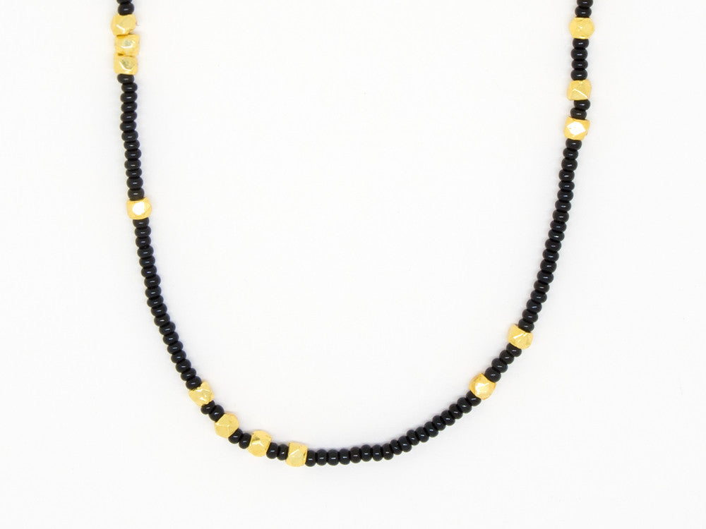 Black Seed Bead Necklace - 6870