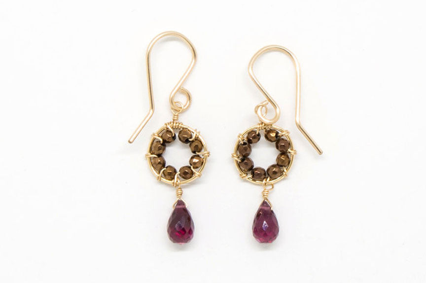 Garnet Drop Daisy Earrings - E1966
