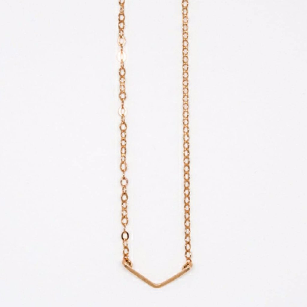 Tiny Rose Gold V Pendant Necklace - 7112