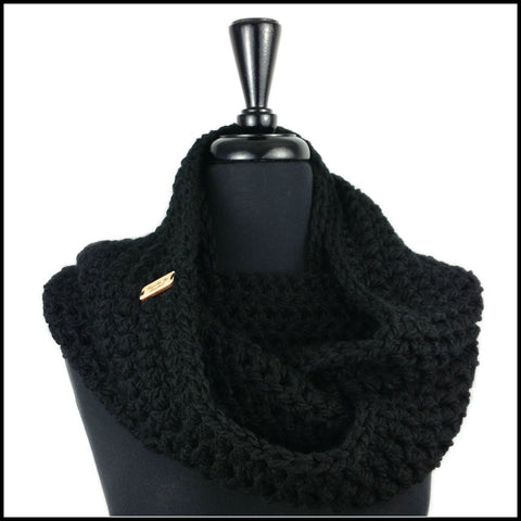 Black Chunky Infinity Scarf - Bundle Up Crochet - 1