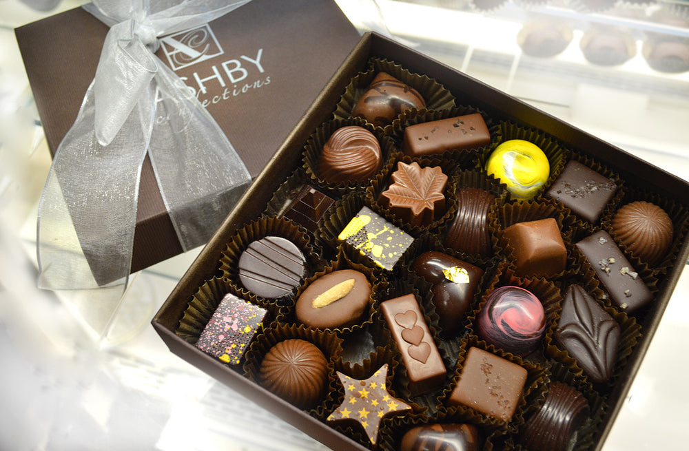 Milk and Dark Chocolates Assortment  25-Piece