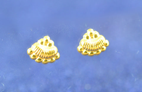 New! 21k gold earring