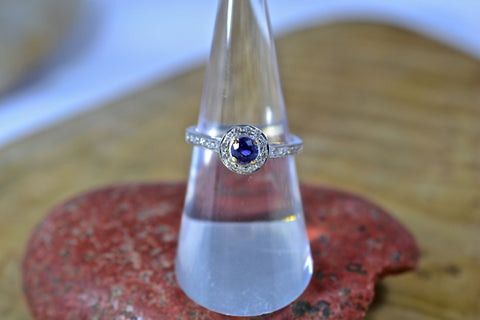 New! Blue Sapphire and Diamonds Ring 18k