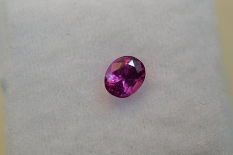 0.6 Ct Pink Sapphire