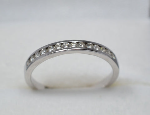 005 Half Eternity Ring with VS diamonds 18k