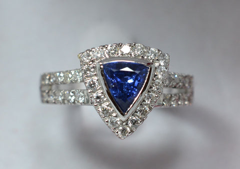 007 Natural Blue SapphireTrillion With Diamonds 18k ring
