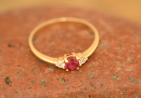 0.34ct Ruby & Diamonds Ring 18k
