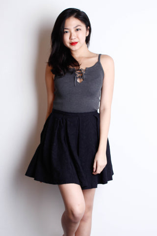 [ZARA] Black Embroidery Skater Skirt
