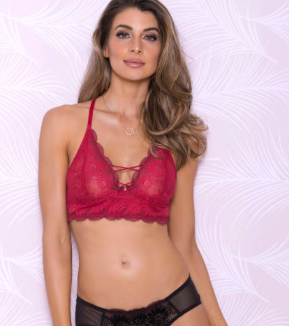 Buttercup Scallop Lace Bralette in Red
