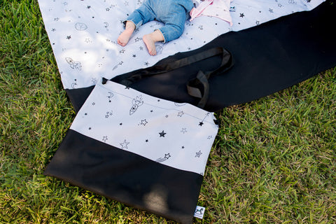 Portable activity mat  with a stroller  Bag
