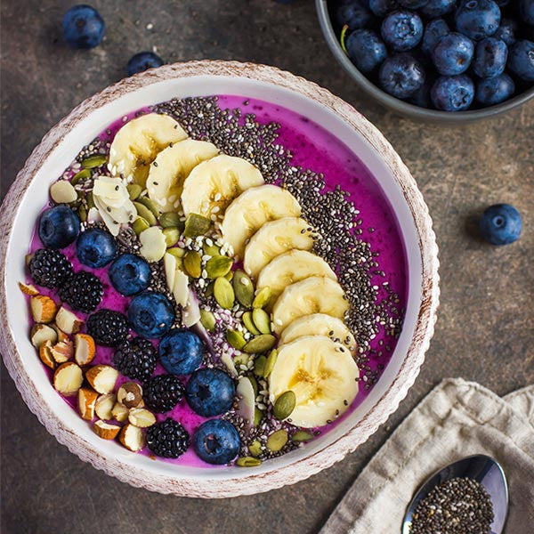 Banana Berry Chia Smoothie Bowl