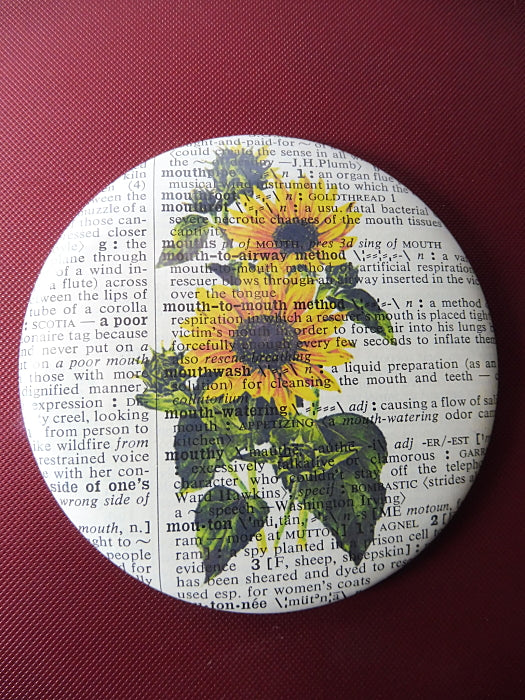Sunflowers Button Badge No.50, botanical