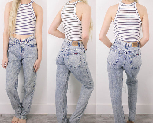 Vintage 26/27 Acid Wash High Waisted Jeans