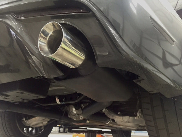 Ford Mustang rear exhaust right