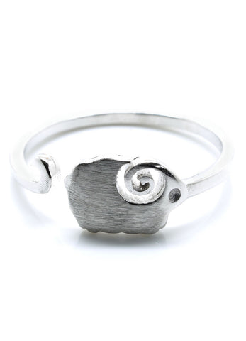 Luxe Little Sheep Ring - lvndr