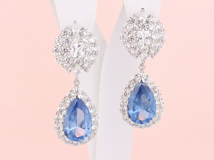 Scarlet Earrings - Light Sapphire