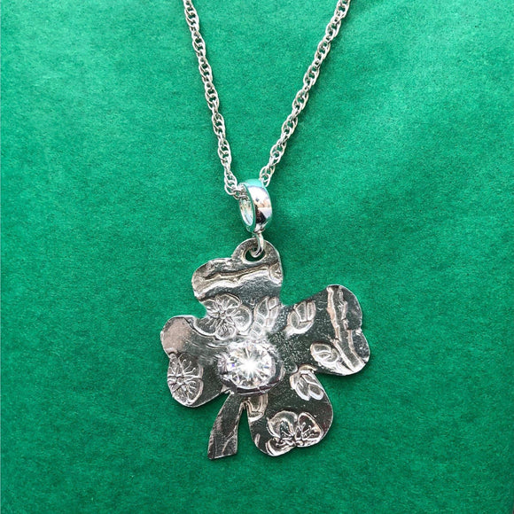 Four-Leaf Clover Pendant: Fine Silver with 20