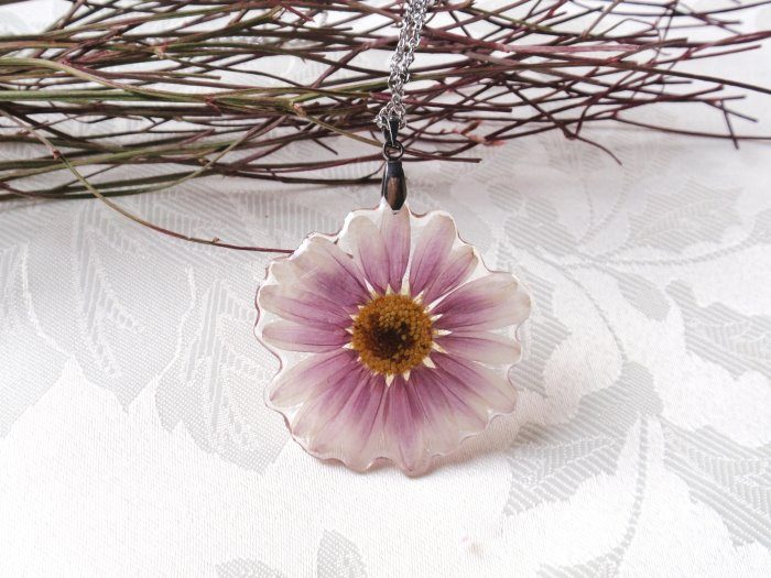 Pressed Flower Jewelry by Elena Ivanova