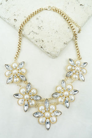 GEM STONES AND PEARLS STATEMENT Necklace