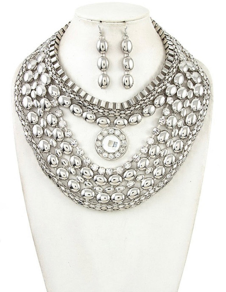 MULTI ROW BIB NECKLACE
