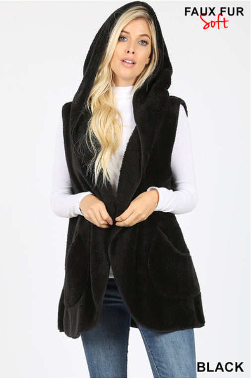 HOODED FAUX FUR COCOON Vest