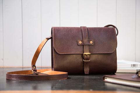 Tumbled Mahogany Midi Baja Travel Bag