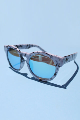 QUAY High Emotion Sunglasses- White Marble with Blue Lens - Girl Party - 1