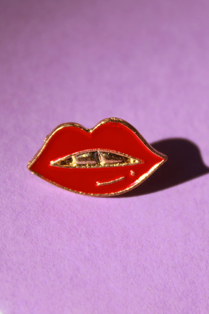 Red Lips Lapel Pin