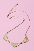 Load image into Gallery viewer, Sweet Leaf Necklace - Girl Party - 1
